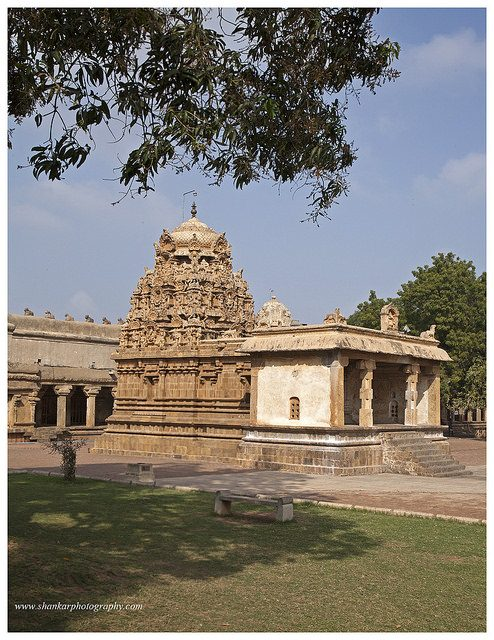Brihadeeshwarar temple, Thanjavur - A world heritage site.