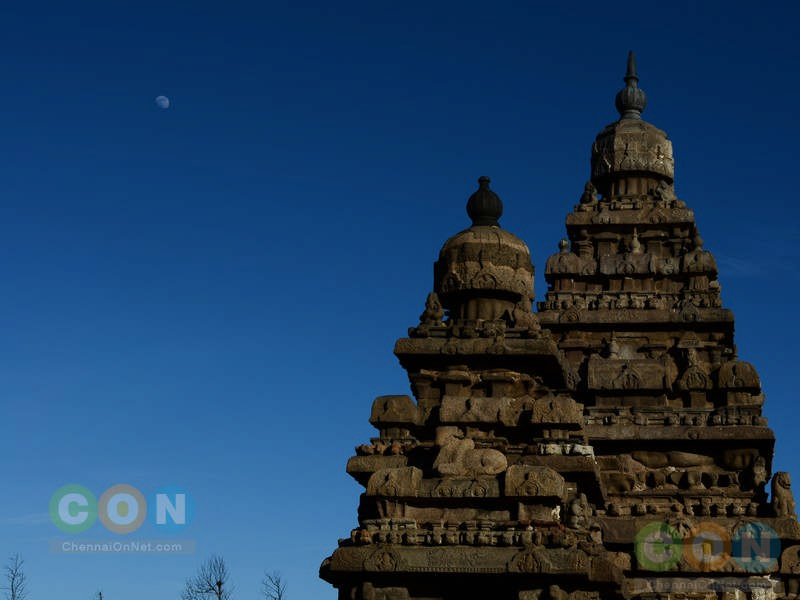 Shore temple_moon